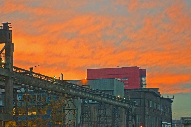Fábrica Arcelor-Mittal de Esch Belval (Luxembourg) Foto por bracchettid