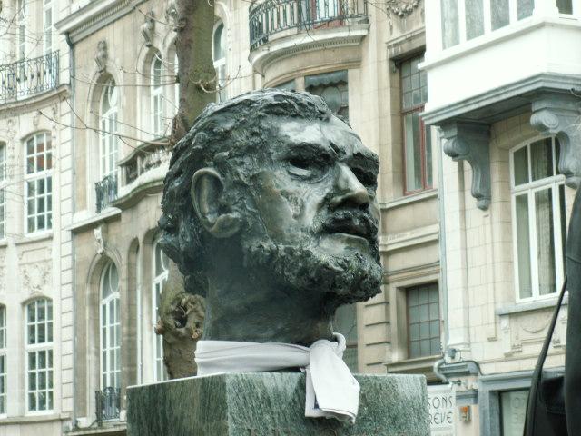 Busto de Julio Cortázar, Ixelles-Bruselas